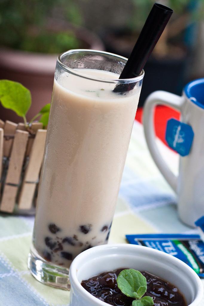 iced tea with tapioca